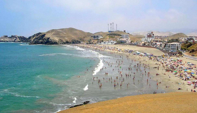 Playa El Silencio Un Lugar Cerquita De Lima Para Disfrutar Del Mar